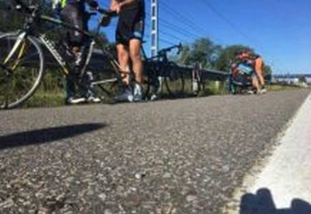 5.000 chinchetas esparcidas por la N-634 provocan pinchazos a ciclistas