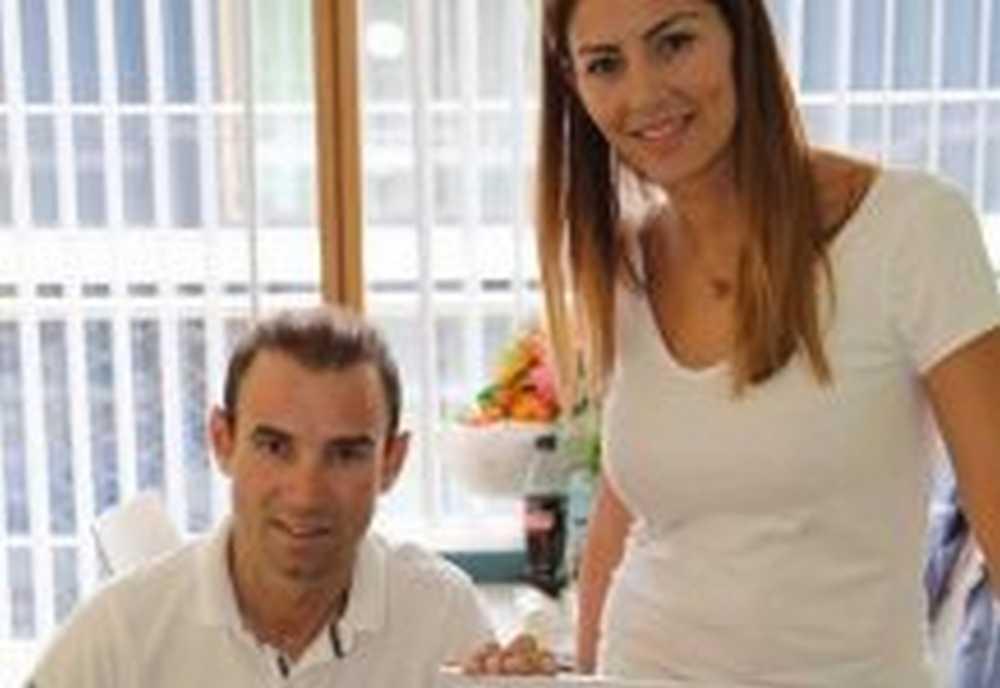 Alejandro Valverde regresa a España tras recibir el alta hospitalaria