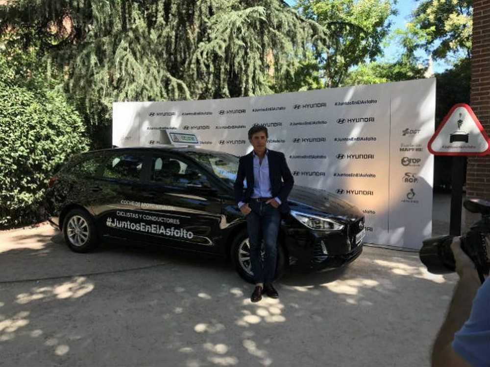 Hyundai España cede gratuitamente un coche de apoyo a los clubes ciclistas
