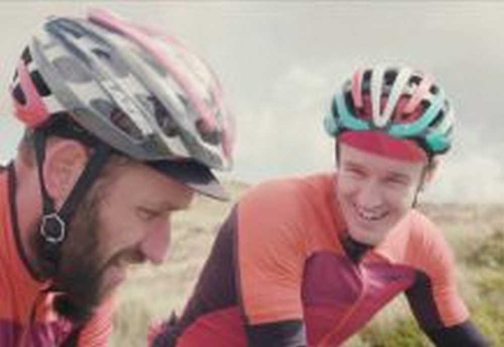 Vídeo Quien es más rápido un mountain biker o un ciclista de carretera