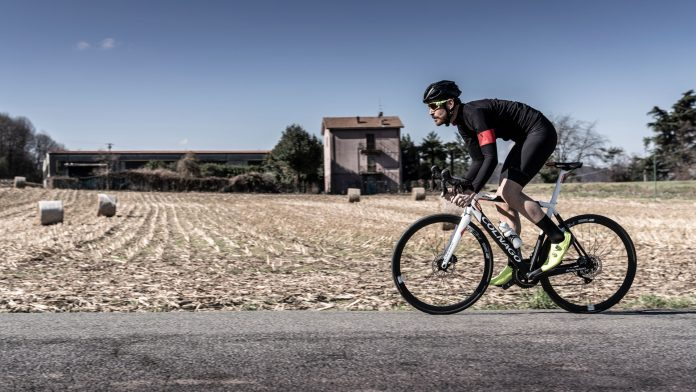 nueva bicicleta electrica colnago E64 PERFORMANCE