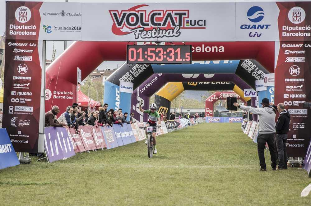 VOLCAT 2019: Resultados primera etapa con sprint agónico sobre la bici