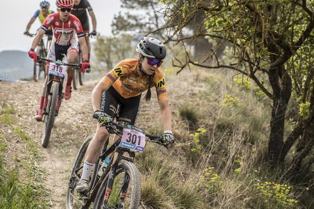 VOLCAT 2019 - Hans Becking sigue líder tras la tercera etapa, que vuelve a ganar Alexey Medvedev