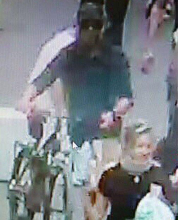 atentado-lyon-francia-explosion-bomba-hombre-imagen-ciclista-bici-bicicleta