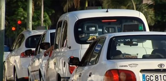 taxistas-en-contra-de-carriles-bici-taxi-bicicletas-gran-canaria-las-palmas