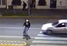 atropello-ciclista-en-paso-de-peaton-por-que-hay-que-cruzar-los-pasos-de-cebra-andando
