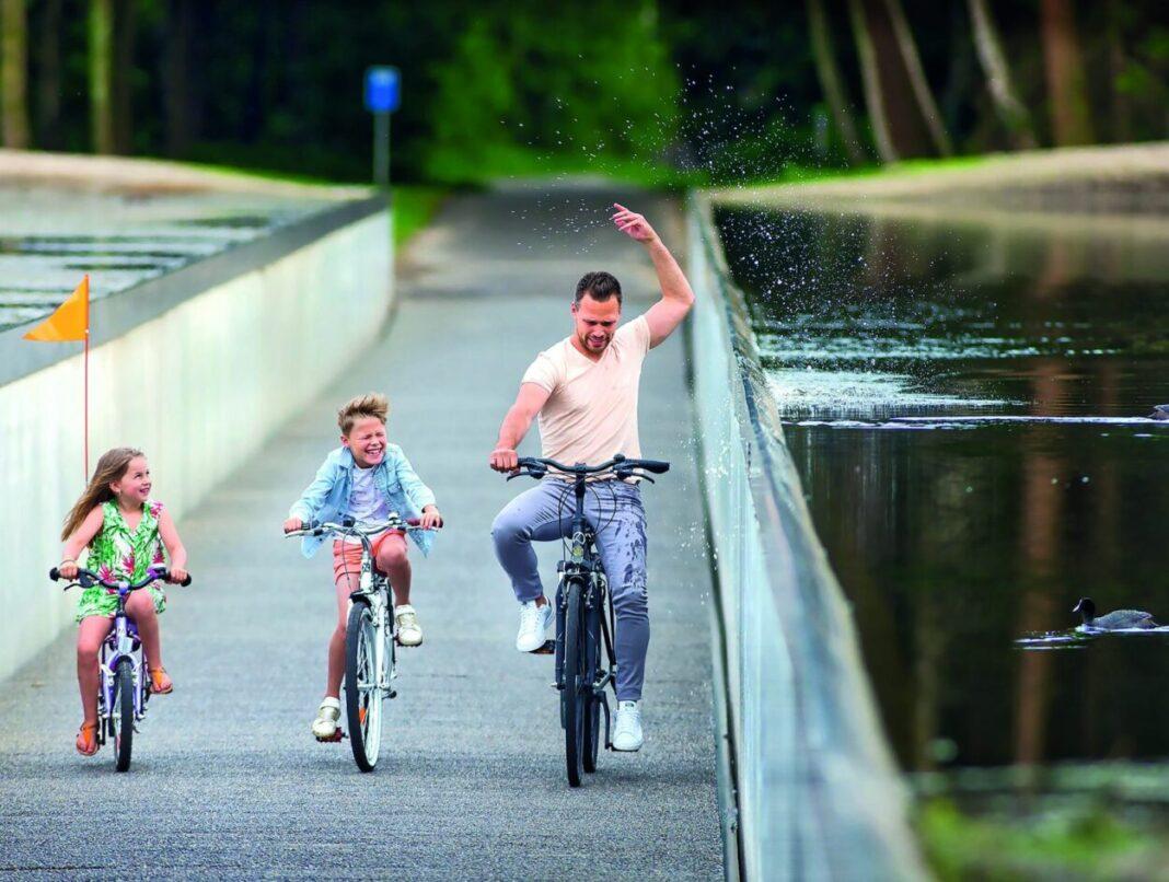 Cycling through water | Visit Limburg, Lens°Ass Architecten (Limburg, Belgium)