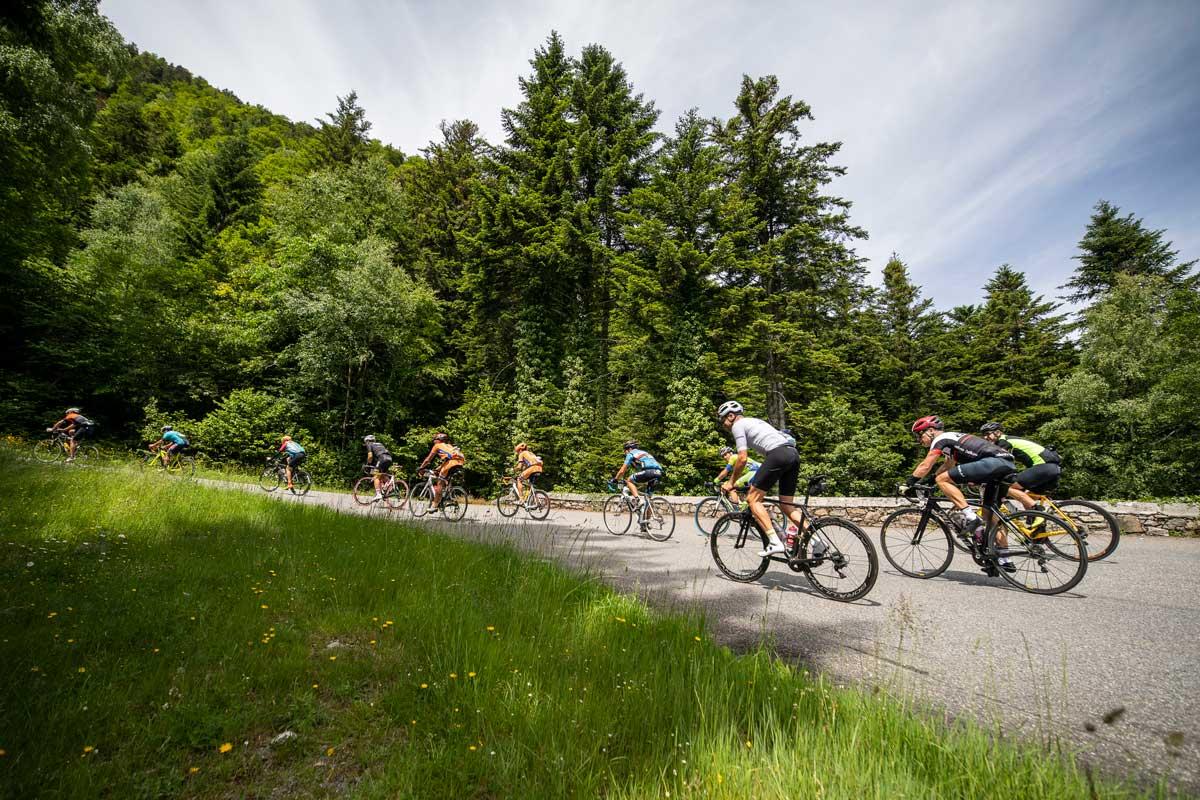 con el reto cupra challenge en la marcha cicloturista quebrantahuesos