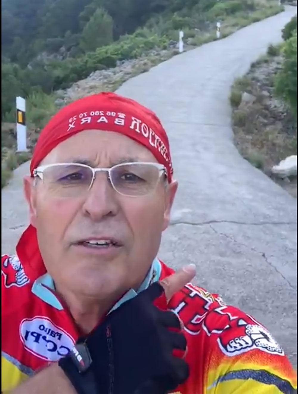 el-abuelo-ciclista-del-monduver-video-viral-bici-bicicleta-de-carrtera-valencia