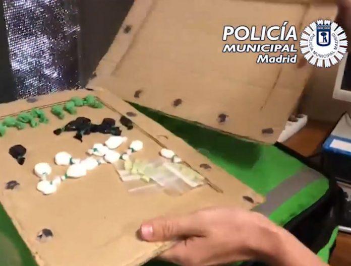 VIDEO-Detenido-un-repartidor-de-droga-en-bicicleta-camuflada-en-un-bolso-reparto-de-comida-a-domicilio