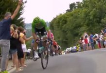 peter-sagan-salto-tour-de-francia-2019-caballito-contrarreloj-peto-ciclista-bicicleta-carretera
