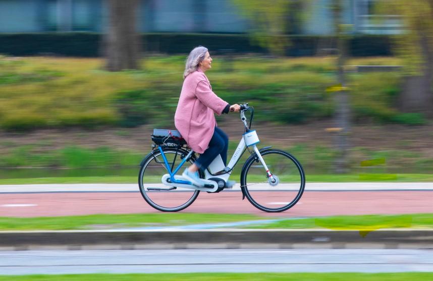 bicicleta eléctrica anticaidas