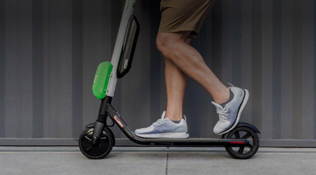 los-patinetes-electricos-contaminan-mas-que-las-bicicletas-electricas-ebike-bici-ciudad-bateria