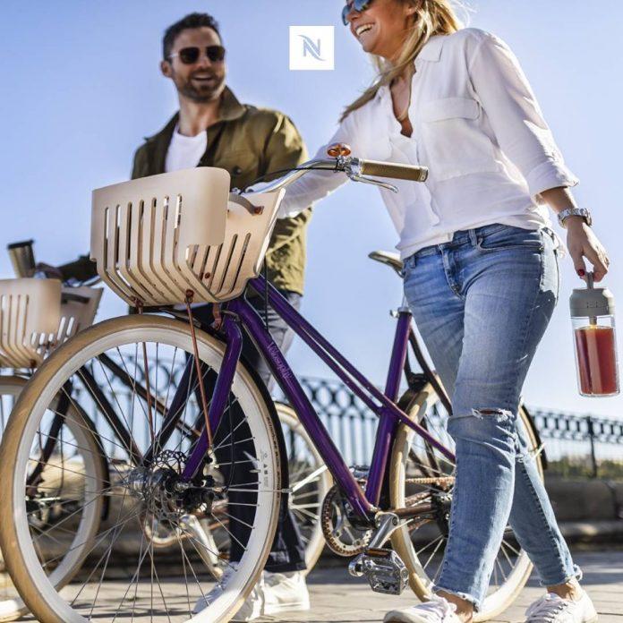 Vídeo: La primera bicicleta hecha de cápsulas de café de aluminio recicladas de Nespresso