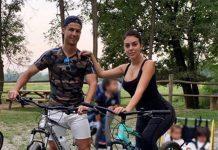 Critiano Ronaldo y su familia en bicicleta de montaña y sin casco