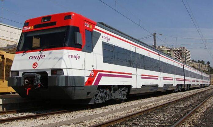 Un tren atropella mortalmente a un ciclista