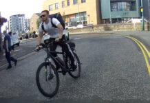 Vídeo: Impresionantes imágenes de un ciclista de Uber y un jugador de Rugby deteniendo a un conductor temerario
