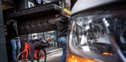 Vídeo: Más de 500 intentos para algunas de las tomas de Fabio Wibmer y su vídeo más loco y urbano: Wibmer's Law