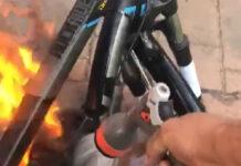 Video: Se le quema la bici eléctrica en casa. Lo que no debes hacer si se incendia la batería de tu ebike