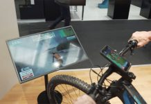 Zwift-un-rodillo-en-el-que-no-sólo-hay-que-pedalear-también-girar-el-manillar-simulador-virtual-bici-montaña