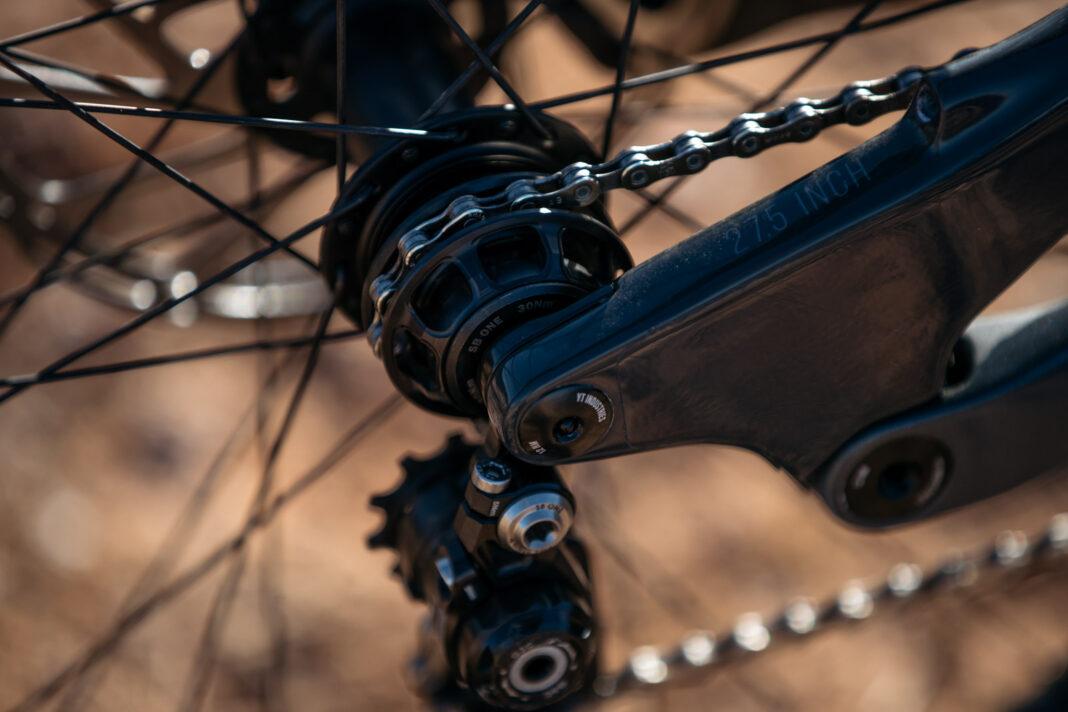 Así-es-una-bicicleta-del-Red-Bull-Rampage-YT-Tues-Bienvenido-Aguado-5