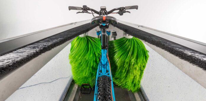Clean-Your-Bike-un-lavadero-de-bicicletas-portátil-automático-video