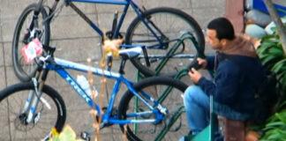 Vídeo: La Policía pone una trampa a un ladrón de bicicletas y lo atrapa
