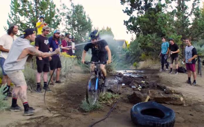 Vídeo: ¡Locura! La Yincana más Extrema que hayas podido ver en bicicleta de montaña: Slope-Duro-Cross Challenge