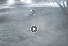 video-Terror-Un-fantasma-roba-una-bicicleta-en-plena-noche-bici-ghost-bike-stolen