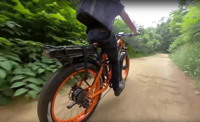 ¿Una bicicleta eléctrica AWD 2x2? Un motor en cada rueda y doble suspensión