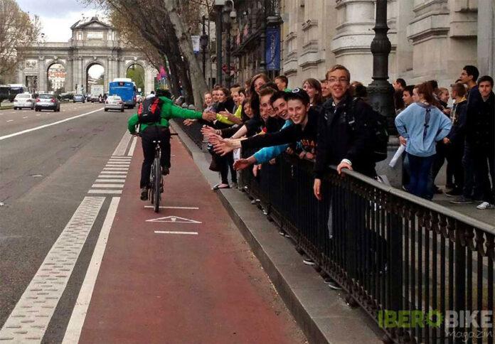 80-por ciento de-ciclistas-más-han-usado-los-carriles-bici-que-Almeida-quiere-destruir-madrid-bicicleta
