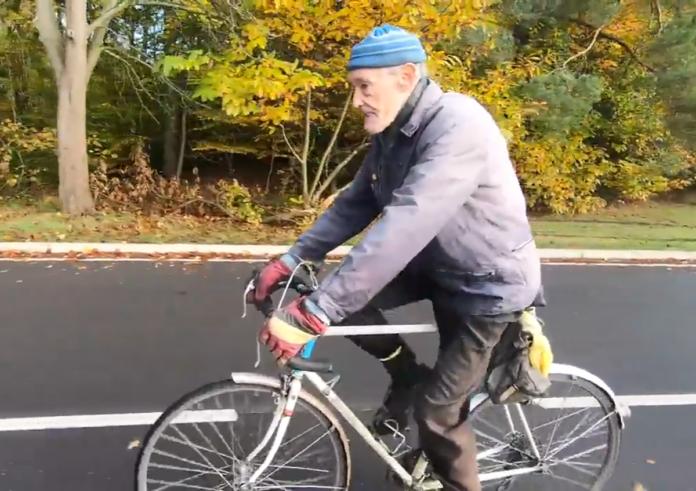 Ciclista-de-82-años-recorre-1.609.344-kilómetros-con-su-bicicleta-1-millon-de-millas-miles-bike-cyclists