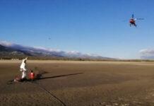 Vídeo: Ciclista atrapado en el barro es rescatado en Helicóptero en Madrid