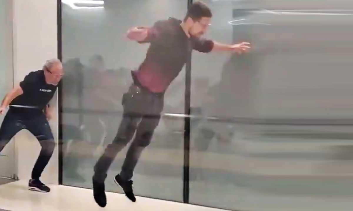 peter sagan volando en el tunel del viento