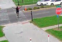 ciclista es atropellado por un coche