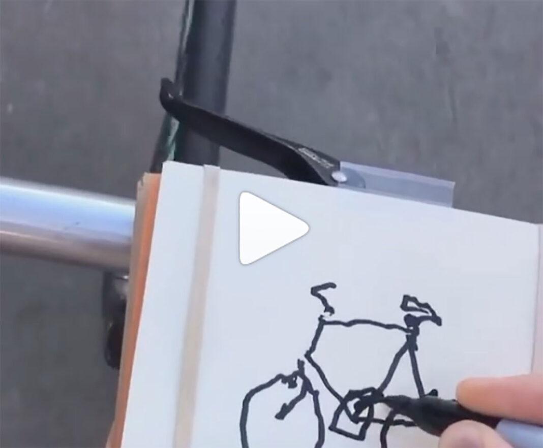 Reto-Viral-que-te-puede-costar-la-vida-dibujar-una-bicicleta-mientras-pedaleas-video