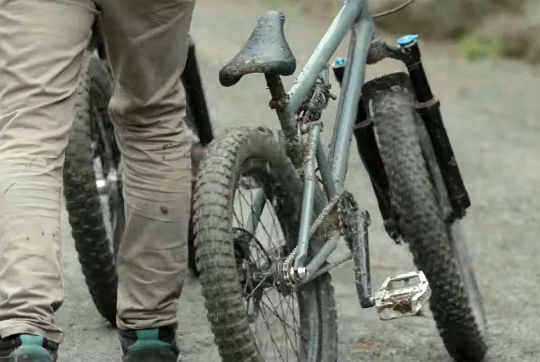 Vídeo: ¿Bicicletas de BMX de doble suspensión? Rubén Alcantara muestra los prototipos