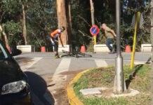 Piden únicamente 13.700€ al conductor que agredió con un martillo a dos ciclistas en Pontevedra
