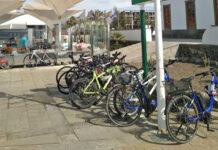 Un horario reducido para usar patinetes y bicicletas por las aceras