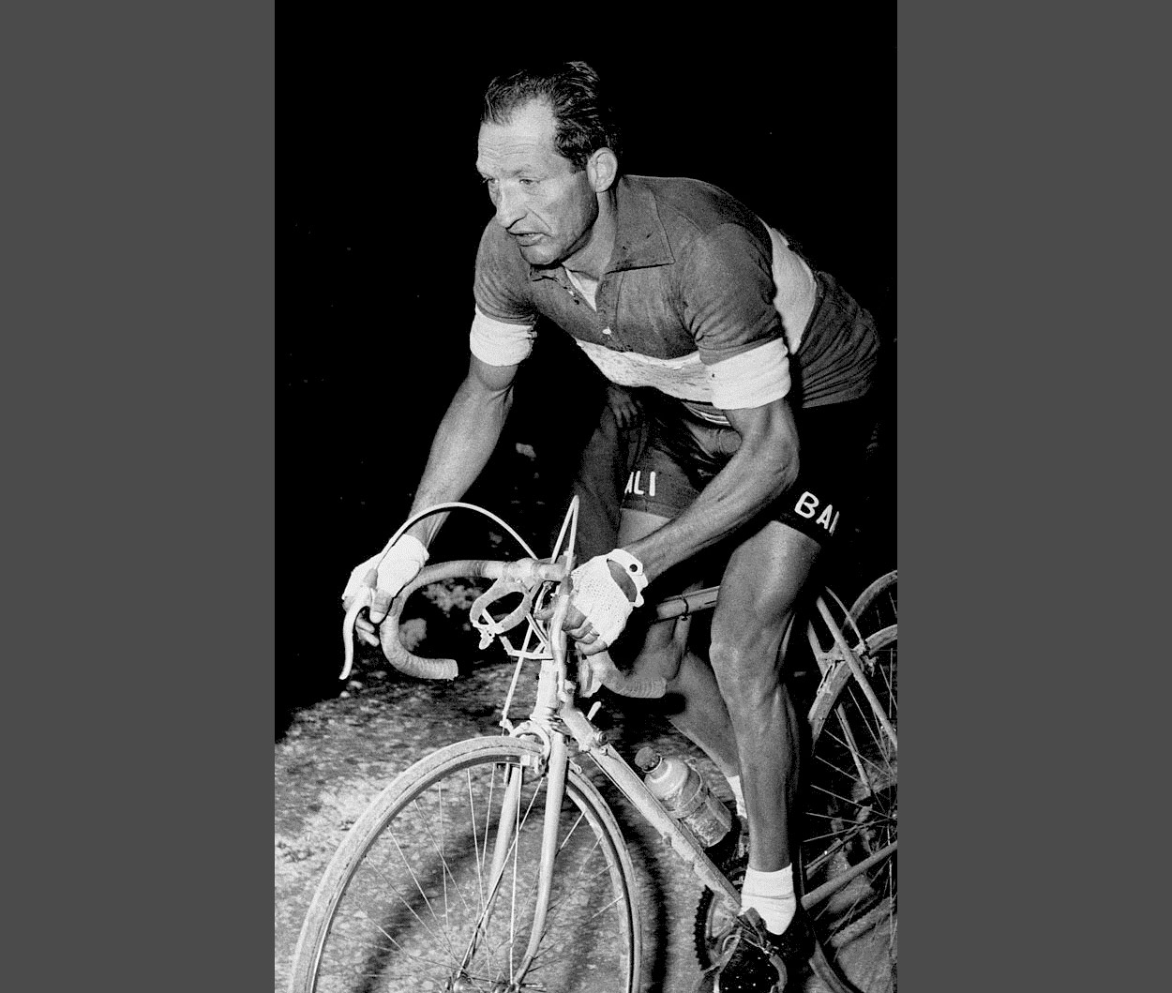 Cuarentena ciclista día #5: El secreto de Gino Bartali - il Ginettaccio