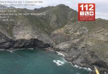 En-barco,-así-tuvieron-que-rescatar-a-este-ciclista-de-montaña-que-calló-por-un-acantilado-en-Murcia