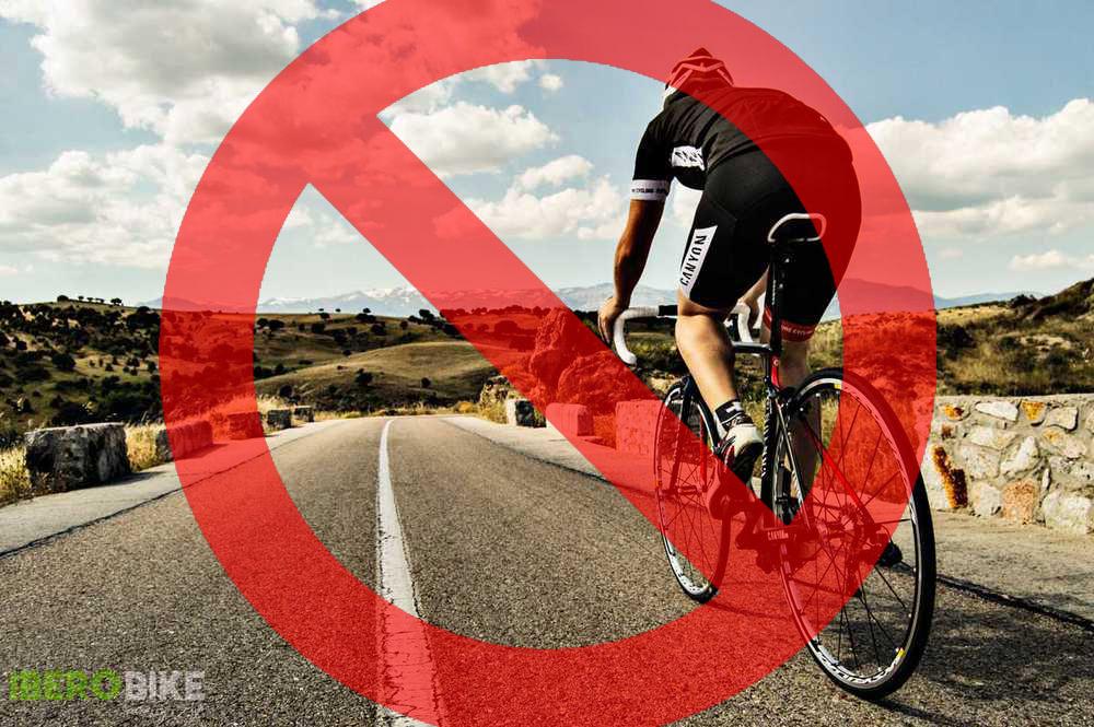 ¡Estado de Alarma! No se permite montar en bicicleta en toda España. Ciclista, quédate en casa, gracias