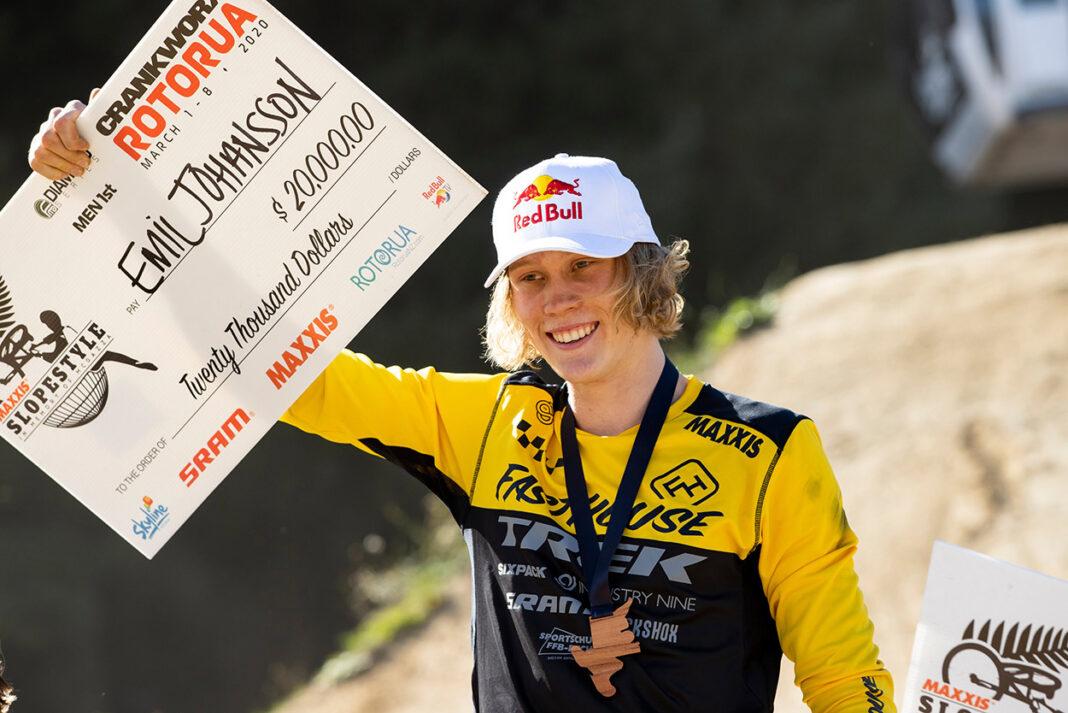 emil-johansson-slopestyle-rotorua-2020-mountain-bike