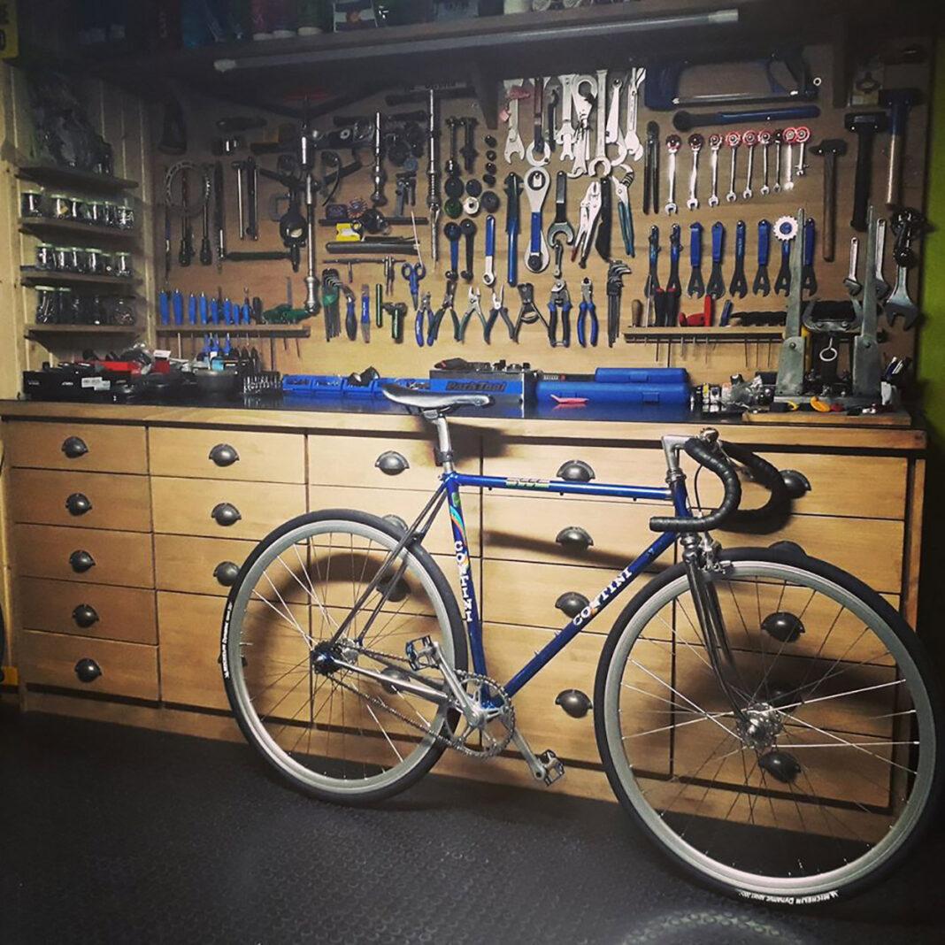 Algunos talleres de bicicletas podrán