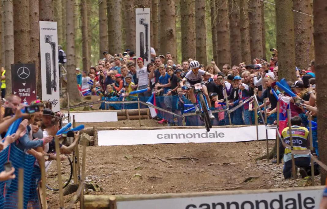 Cuarentena ciclista día #17: Going In - Detrás de las cámaras del Trek Factory Racing