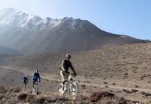 Cuarentena ciclista día #33: Aventura en Nepal con Hans Rey, Wade Simmons y Richie Schley