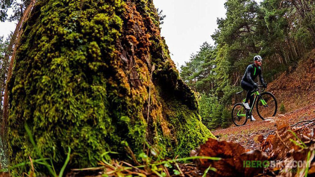 El ciclismo de montaña y carretera estará restringido a distancias similares a un paseo a pie en Gales