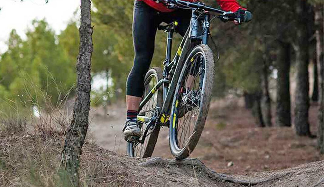 El ciclista multado en Albacete pide disculpas en un vídeo