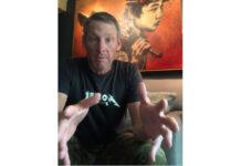Lance-Armstrong-manda-un-consejo-a-todo-el-pelotón-internacional-de-ciclistas