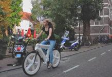 Una-sorprendente-bicicleta-hecha-de-plástico-reciclado-DutchFiets
